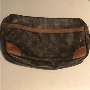 Louis Vuitton Monogram Clutch #54